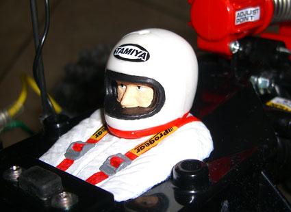 並貼上模型車附帶的貼紙的模樣。後來才發現安全帽 ...