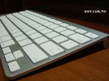 how to connect apple keyboard on windows